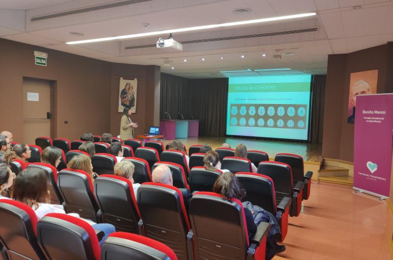 Presentació de Lara Martín a les Sessions Clíniques de Benito Menni